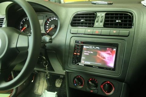 Переходная рамка VW Polo 1 Din